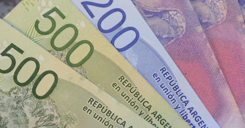 billetes-pesos-argentinos